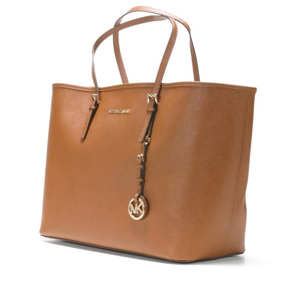 Michael Kors Handbags - Michael Kors Medium Jet Set Tote